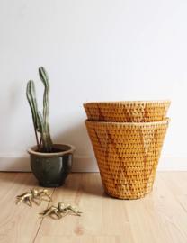 Set rieten vintage mandjes. Rotan bloempot / overpot voor planten