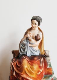 Groot vintage beeld van Scaggiari, Capodimonte. Moeder met baby, Madonna?