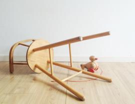 Houten vintage kinderstoel, Kibofa? Hoge retro stoel voor kids