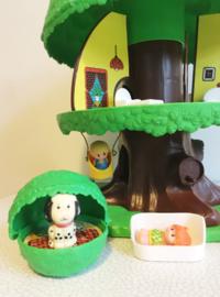 Vintage speelboom -Tree Tots family. Retro TreeHouse met accessoires.