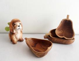 Set teak houten schaaltjes in de vorm van een peer. 4 vintage peren bakjes
