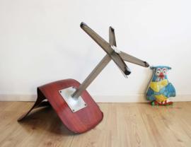 Stoere vintage schoolstoel - Galvanitas. Industriële retro stoel, zithoogte 45 cm.