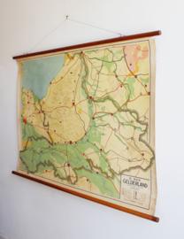 Vintage schoolplaat van Gelderland (Nederland). Toffe retro landkaart/poster