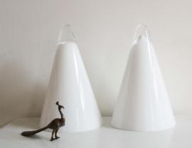 Set glazen vintage Teepee lampen - ILU. Witte retro design lamp, ijsberg/piramide