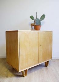 Vintage kast van Cees Braakman (CB02) voor Pastoe. Retro design dressoir