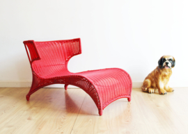 Retro design lounge stoel. Rode IKEA ligstoel. Monika Mulder - PS-Sävö