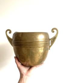 Grote antieke koperen pot. Oude vintage bloempot / ketel met oren.