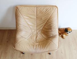 Lederen vintage fauteuil - Teun van Zanten voor Molinari. Retro design stoel