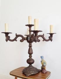Prachtige vintage tafellamp met kaarsen. Royale brocante kandelaar lamp.