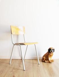 Retro schoolstoel. Industrieel hout/metalen stoel.