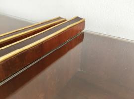 Set vintage nachtkastjes uit de jaren 50/60. Houten retro kastjes met glasplaat