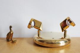 Goud kleurige vintage plafonnière met twee spots. Hollywood Regency lamp