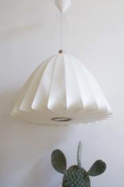 Extra Large Bell Bubble Lamp. Retro design lamp van George Nelson?