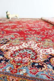 Groot Oosters vintage kleed. Bohemien tapijt met o.a. bloemen. 2,5 x 3,5 m!