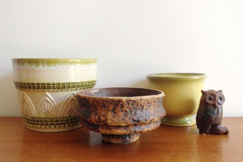 Set van 3 stenen vintage potten. Aardewerk retro bloempot o.a. West Germany
