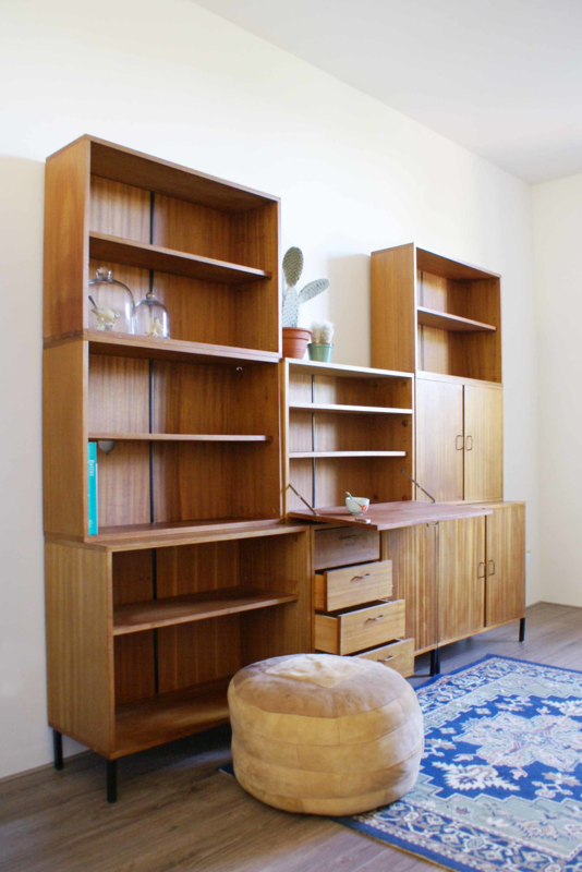 50 Jaren Kast.Houten Vintage Kast High Board Met Barretje Jaren 50 60 Wandmeubel