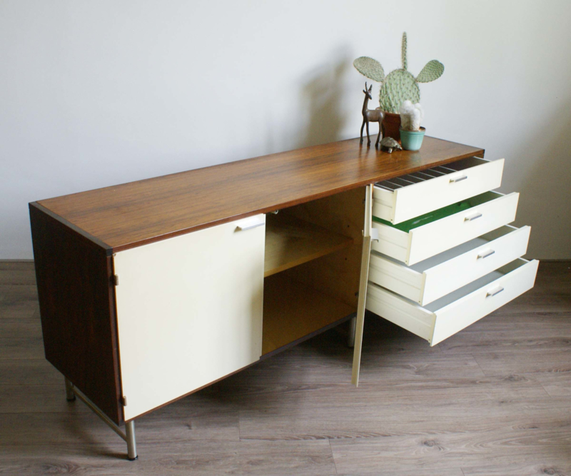 Vintage dressoir van Cees Braakman voor Pastoe. Retro design kast / sideboard, Made to Measure