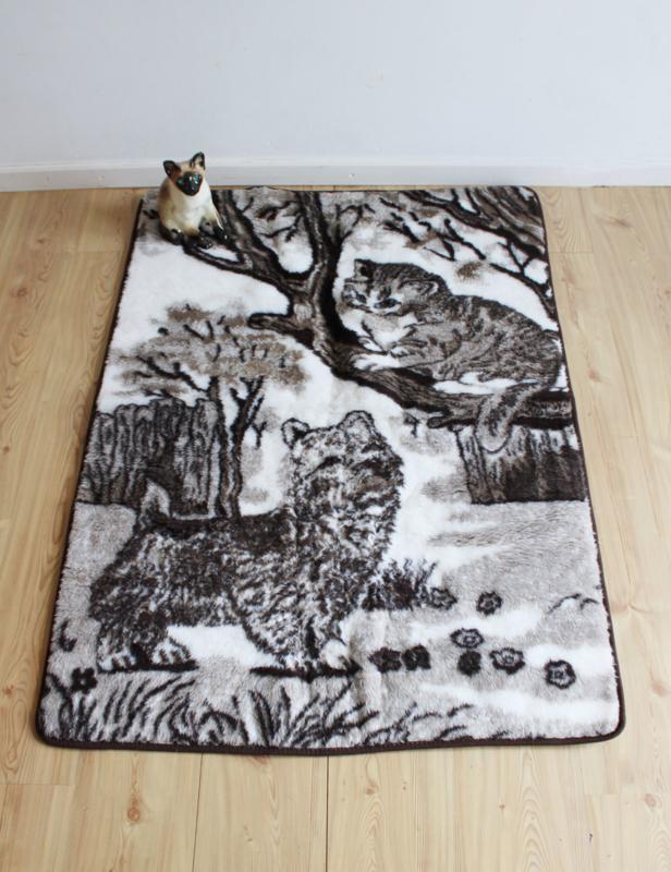 Wollen vintage deken met poezen. Retro sprei met katten.