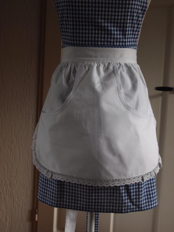 Wit schortje met zak
