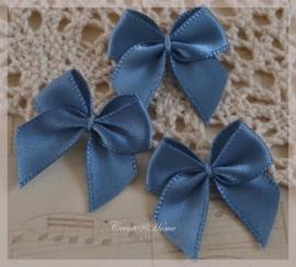 Strikjes satijn antiek blauw. Per 10