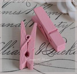 Knijpertjes hout roze. Per 5