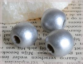 Houten kralen zilver. Per 10