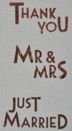 Gegomd kraftpapier in diverse teksten & kleuren. Per 10