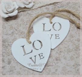 Wit houten hartje Love. Per 10