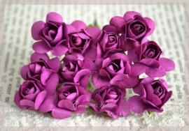 Papieren roosjes voilet. Per 10