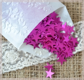 Pergamijn zakje gevuld met 513 hard roze kunststof sterretjes