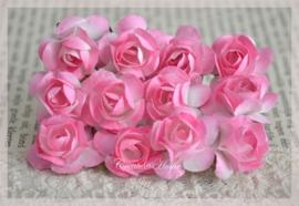 Papieren roosjes donkerroze. Per 10