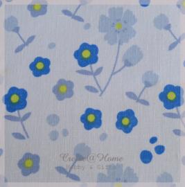 Stickervelletje van stof blauwe bloemen