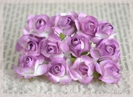 Papieren roosjes licht violet-wit. Per 10