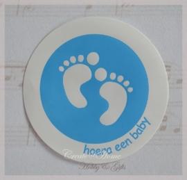 Geboorte stickers voetjes lichtblauw. Per 10