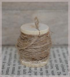 Klein klosje met 1 draads touw