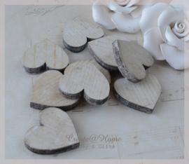 Mini houten hartjes.  Per 5