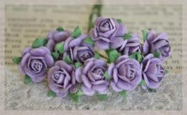 Marianne Design papieren roosjes donker lavendel. Per 10