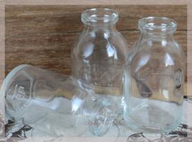 Glazen mini flesjes. Per 5
