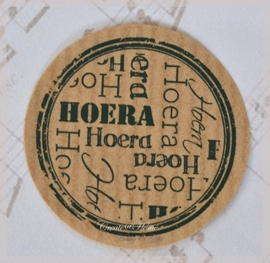 Kraft stickers rond Hoera multi. Per 10