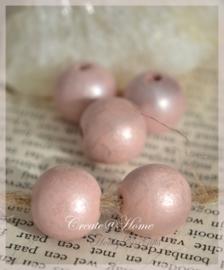 Houten kralen rond licht vintage roze. Per 10