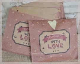 Rode kraft hangzakjes Handmade with love. Per 10