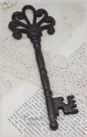Roestkleurige grote sleutel