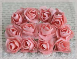 Papieren roosjes zalm. Per 10