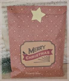 Grote rode kraft hangzakjes Merry Christmas. Per 10