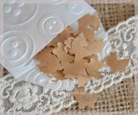 Gegomde kraftpapier kinderwagentjes in het bruin/wit in een pergamijn/kraft zakje