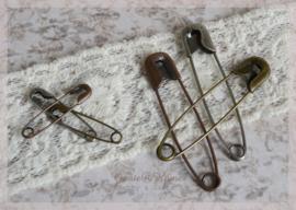 Vintage pins - veiligheidsspelden in 2 afm & 3 kleuren. Per 10