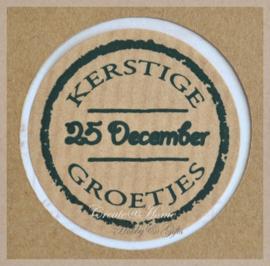 Kraft stickers rond Kerstige groetjes. Per 10