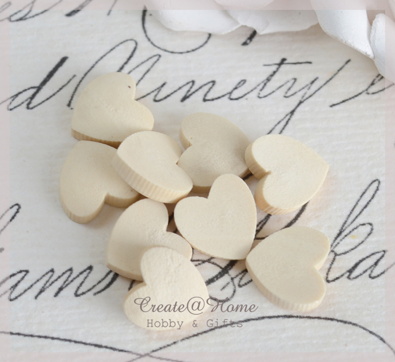 Mini houten hartjes. Per 10