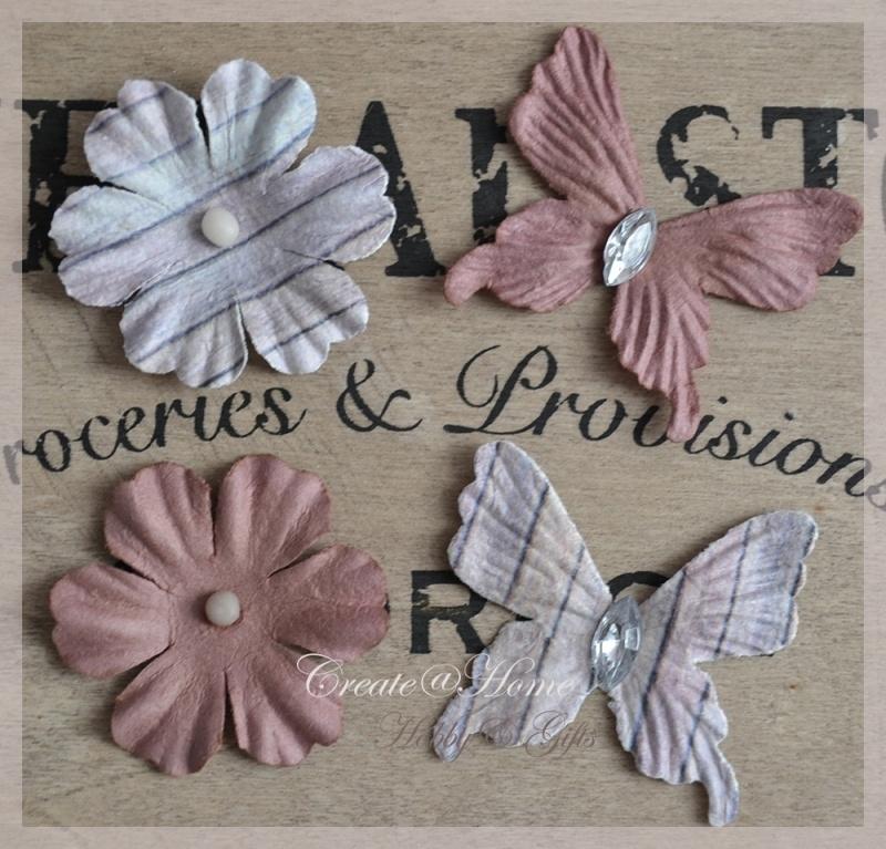 Papieren bloemen of vlinders lila - bruin. Per 2