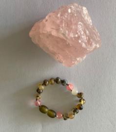 Barnsteen armband kind (16cm) raw barnsteen, maansteen, rozenquartz en labradorite